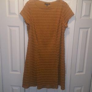 Gold Plus Size Textured Lace Dress-18W